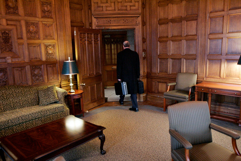 Prime Minister Paul Martin walks out of the Prime Minister's Office for the last time February 03, 2006 on Parliament Hill in Ottawa.