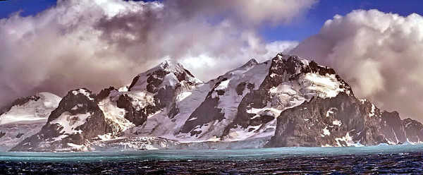 This is a panorama of Elephant Island; actually 4 different photos stitched together.