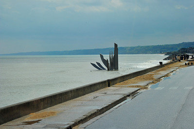 Omaha Beach Memorial sculpture