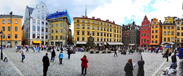 Stockholm City Square (Panorama) The Old Town (known as Gamla Stan) is in the historic heart of Stockholm and built on a single island.