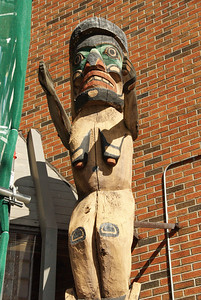 Totem with droopy breasts