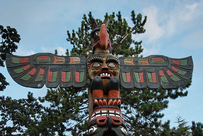 Totem pole in front of the British Columbia Museum