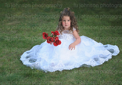 Arieya in White      Size 3 Gown