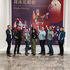 After a successful lecture, Westminster Choir members and Professor Joe Miller wishedTsinghua University good luck with their upcoming Opera Festival.