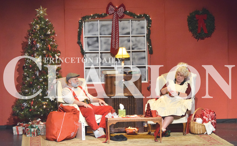 """Quiche Matchen/ Daily Clarion <br /> Kris Schmidt and Lori Lloyd play """"Santa"""" and """"Mrs. Claus"""" during rehearsal for """"Uh-Oh, Here Comes Christmas"""" play presented by Broadway Players at Princeton Theatre and Community Center Thursday night. The dinner starts at 6 p.m. Dec. 1, 2, 7 and 9, and the show will follow."""
