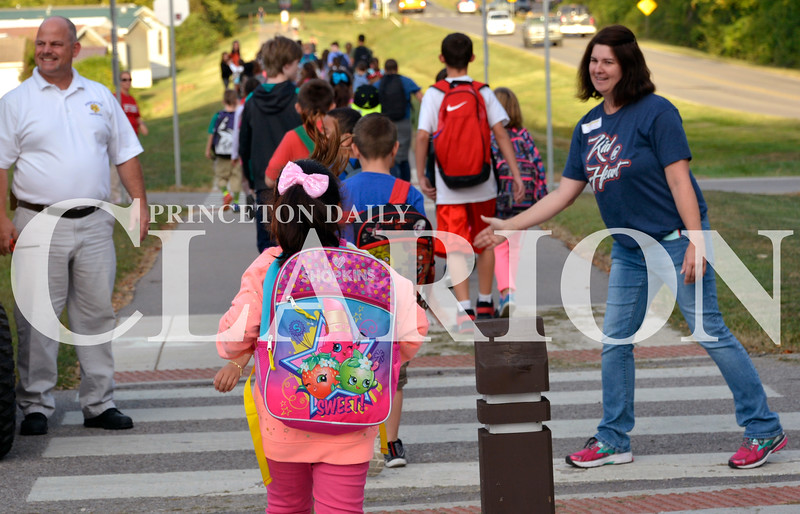 Daily Clarion/Andrea Howe<br /> Princeton's walking/biking trails were filled with students walking from Lafayette Park to the North Gibson School Corporation campus Wednesday during National Walk to School Day.