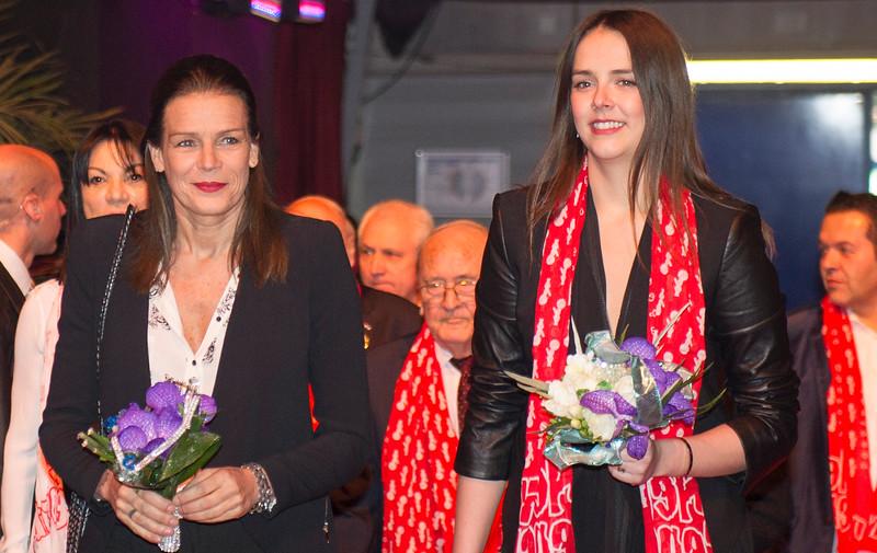 STÉFANIE & PAULINE FESTEDE MED 'NEW GENERATON'