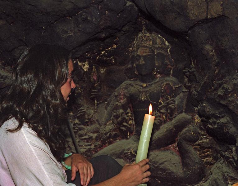 L2915 Uma Giri's cave