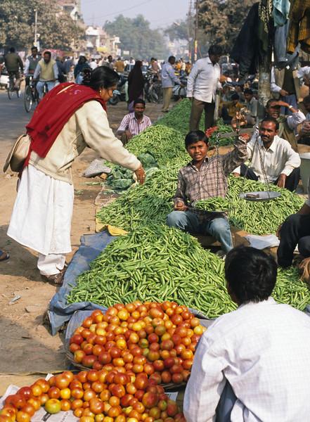 L1336 Vegetable market. Allahabad