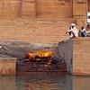 L1534 Cremation of woman, Benares