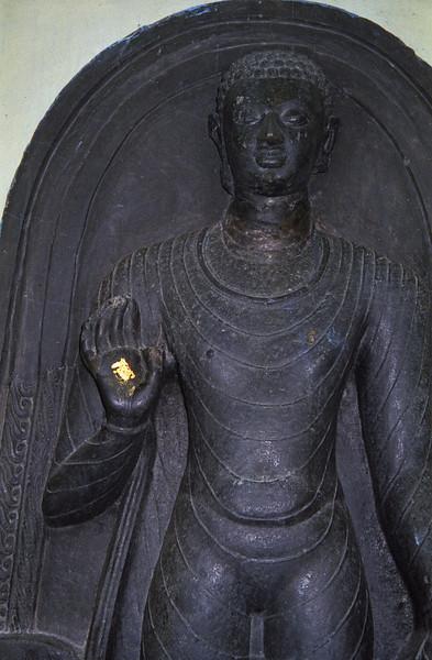 L2469 Buddha statue, Bodh Gaya