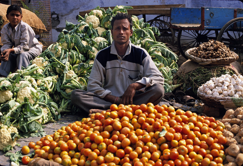 L1270 Vegetable market. Allahabad