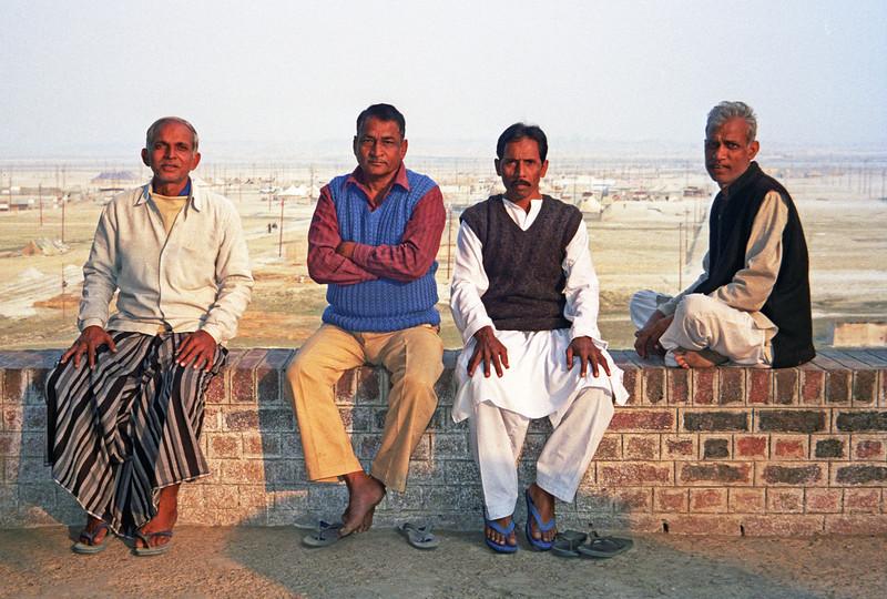 L3035 Businessmen, Allahabad