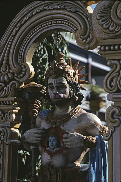 L1460 Hanuman, Parmarth Nikitan Ashram, Swaragashram, Rishkesh