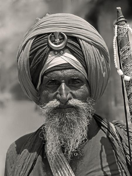 L2234 Sikh archer, Rishikesh
