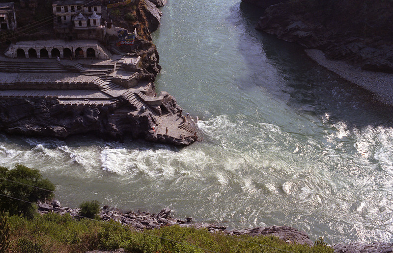 L2704 Devprayag, where the Bhagirathi and Alkananda Rivers join and are then called Ganges