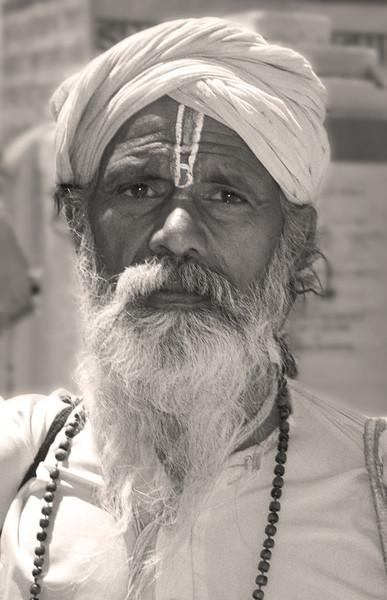 L2354 Vaishnava sadhu