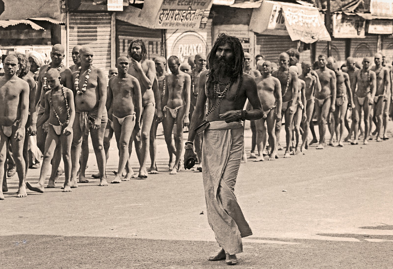 L2237 Nagas are defenders of the faith, and first in line to bathe on the auspicious dates. 1998 Kumbha Mela, Hardwar
