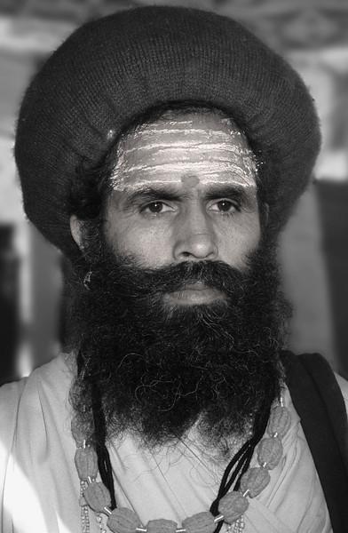 L2119 Sadhu with Shaivite tilak (horizontal design on forehead)