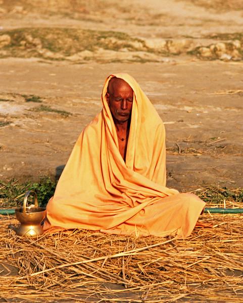 L1908 Sadhu in meditation