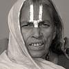 L2207 Female Vaishnava sadhu