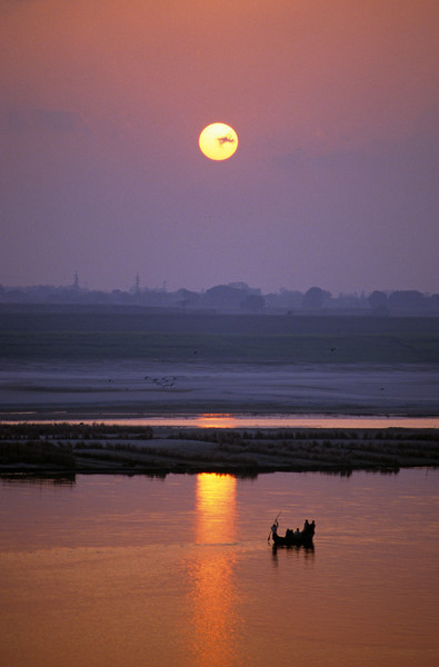L1054 Ganges River, Allahabad