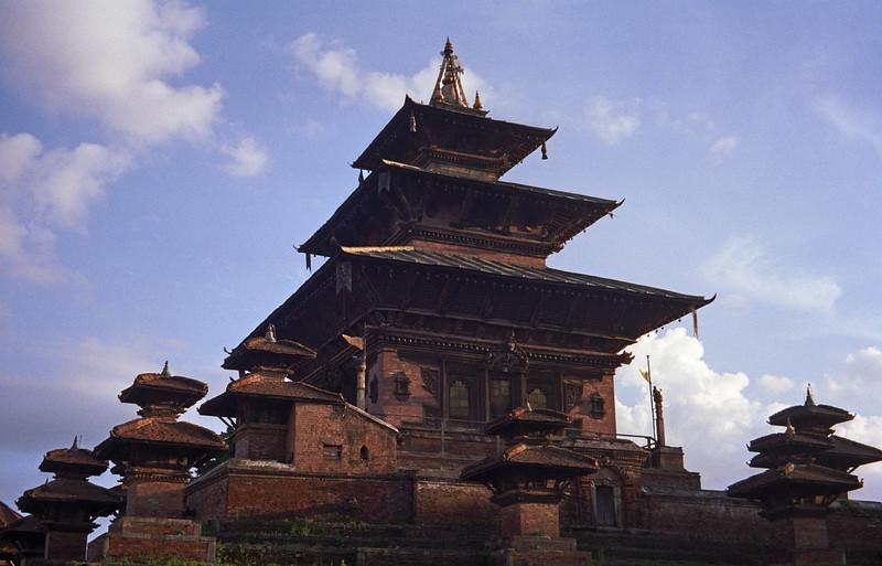 L2266 Bhaktapur, Kathmandu
