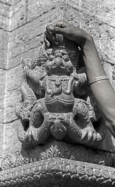 L2428 Garuda, Pashupatinath