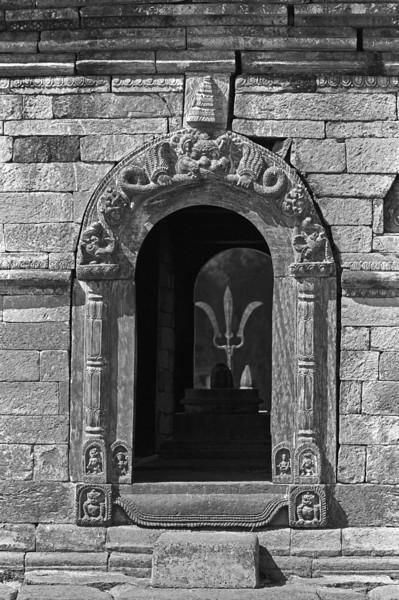 L2410 Pashupatinath temples