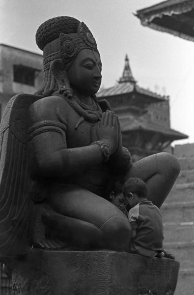 L2300 Kathmandu
