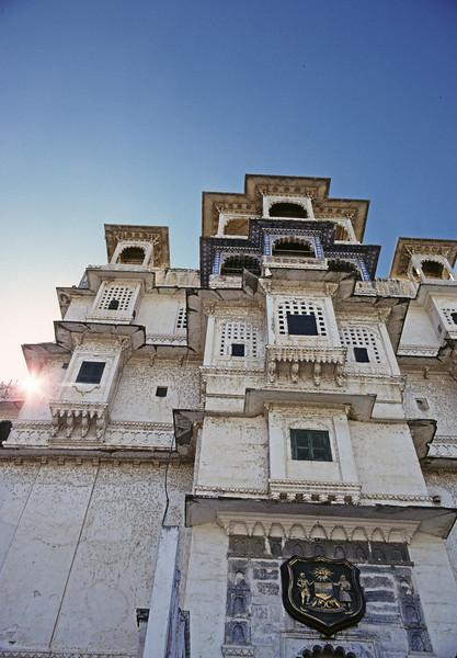 L1836 City Palace at Udaipur