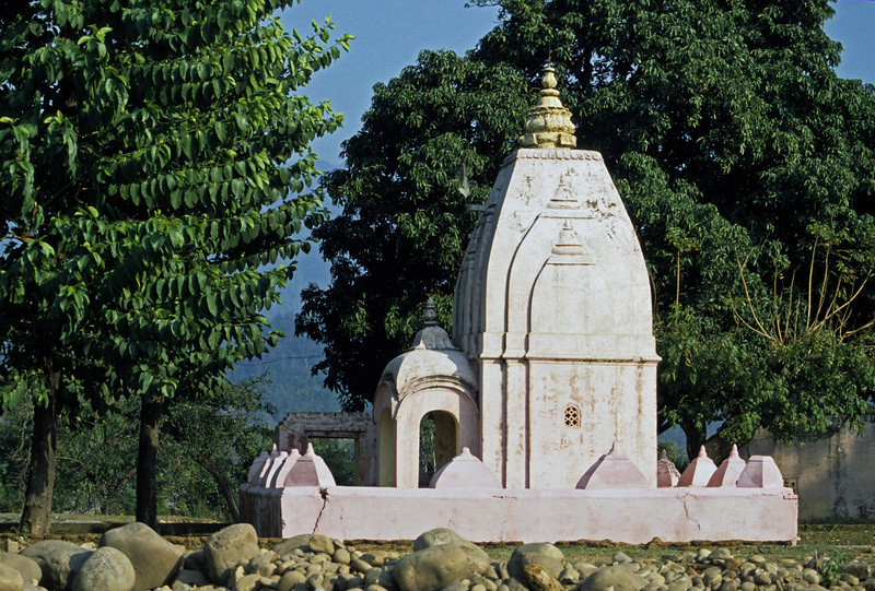 L1426 Older Virbhadra Temple, Rishikesh