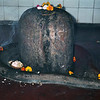 L1005 Lingam and yoni, Uttarkashi