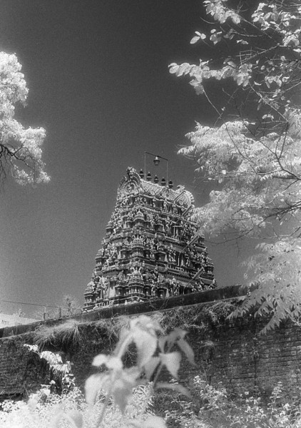 L2225 Southern style temple, Rishikesh (infrared)
