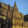 L1352 Benares temple