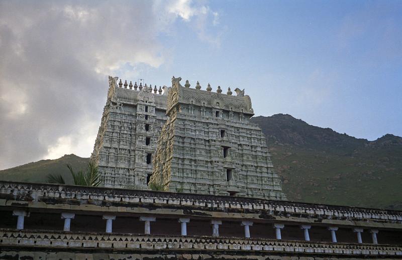 L2361 Tiruvanamalai temple