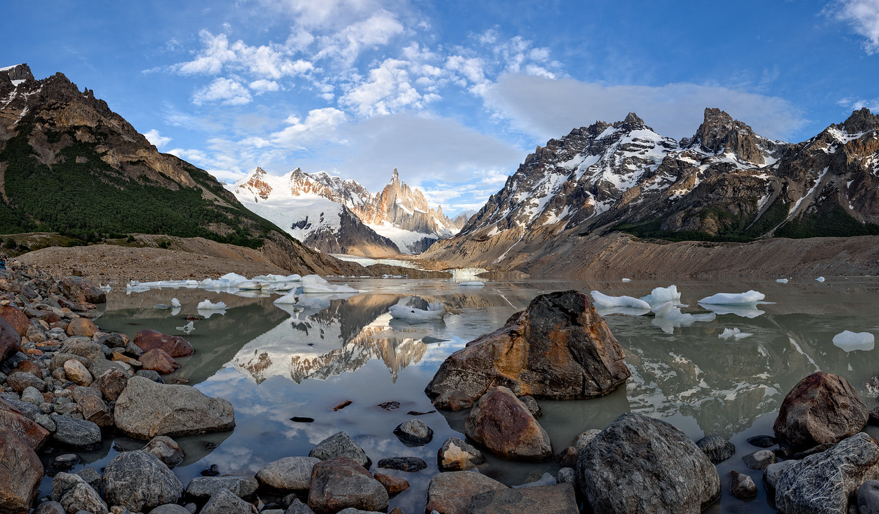 Lago Torre (Ultra High Res Panoramic Merger)