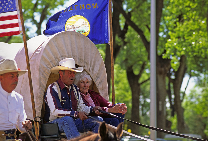 L6237 Miles City Bucking Horse Sale Parade