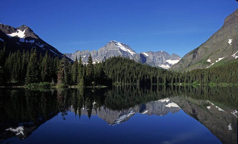L6326 Swiftcurrent Lake