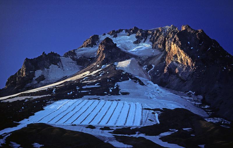 L6235 Mt. Hood, Palmer Glacier, Ski lift, from Timberline Lodge, Oregon