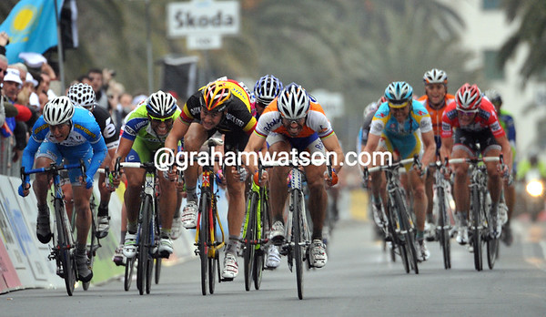 It's a fight to the finish in San Remo - who's that man in front..?