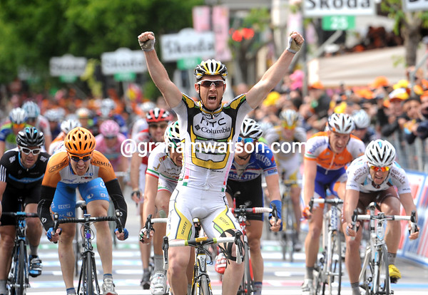 Matthew Goss wins stage nine ahead of Pozatto, Farrar and Henderson - what a great day's racing..!