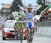 Made in Italy - Michele Scarponi wins stage nineteen in an undisputed sprint against Basso and Nibali...