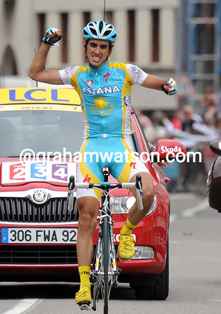 Daniel Navarro wins stage five into Grenoble - but he won't be much use to Contador tomorrow..!