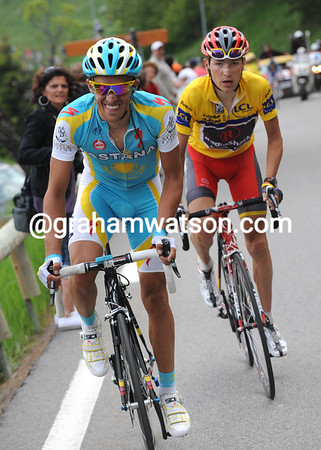 Contador makes one last attack to lose Brajkovic - but the best he can hope for is a stage-win now...