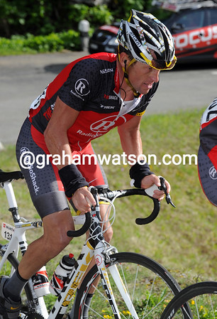 A closer look at Armstrong reveals a very fit and formidable cyclist, he might even win this Tour de Suisse..!
