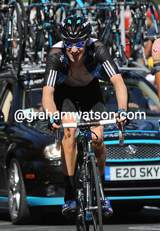 Bradley Wiggins has been dropped on the final ascent to the finish...