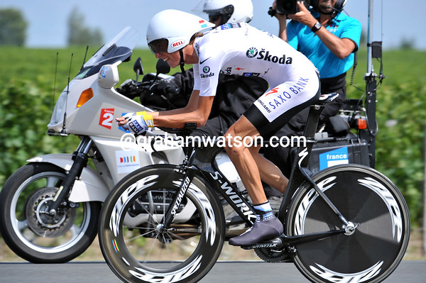 "Andy Schleck stays in 2nd place overall after a brilliant effort to unseat Contador - he was 44th today at 6' 14""..."