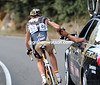 Matxin's skills at doing a bottle-sling assure Walker of a quick return to the peloton, even on the hard climb..!