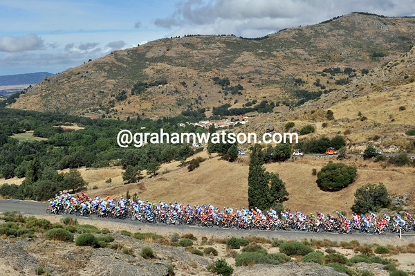 The peloton is still intact as it climbs the 2nd category Alto de Chia, fourteen-kilometres into the stage...